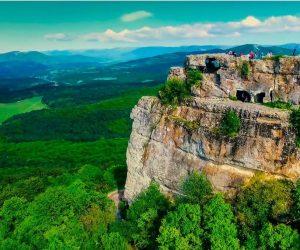 Экскурсия в Пещерный город Мангуп/Тур на Джипах